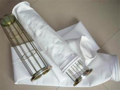 易清灰涤纶针刺毡除尘布袋